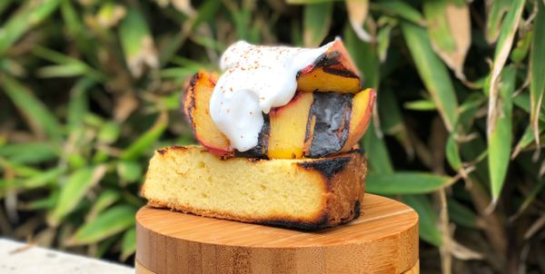 You should grill desserts more. Here's an example of why.